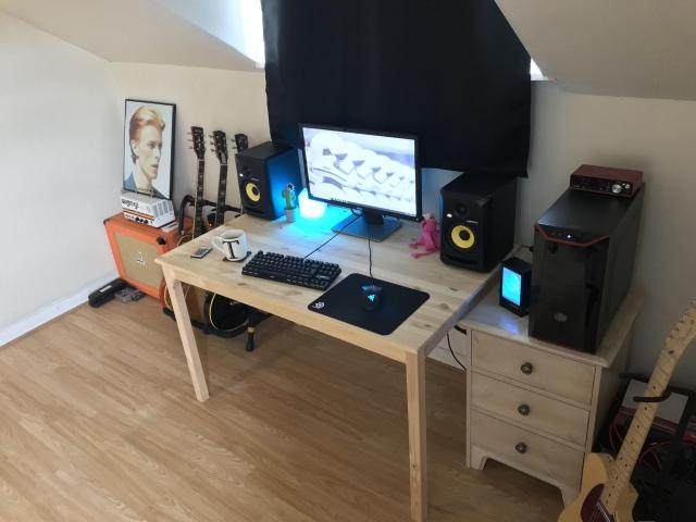 PC_Desk_159_65.jpg