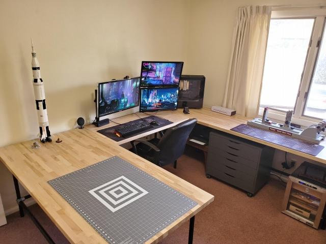 PC_Desk_159_90.jpg