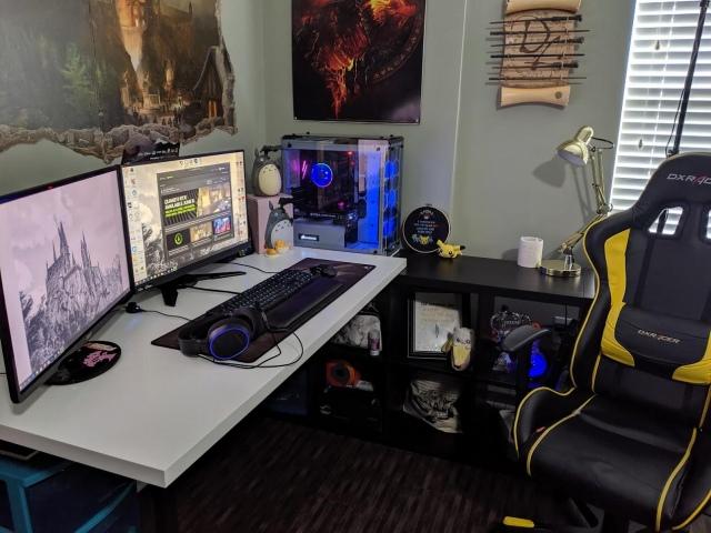 PC_Desk_160_37.jpg