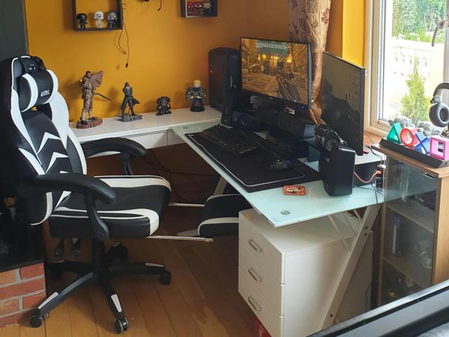 PC_Desk_160_58.jpg
