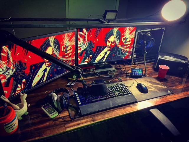 PC_Desk_160_61.jpg