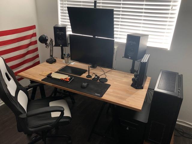 PC_Desk_160_63.jpg