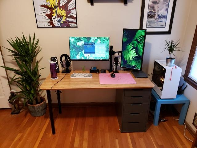 PC_Desk_160_66.jpg