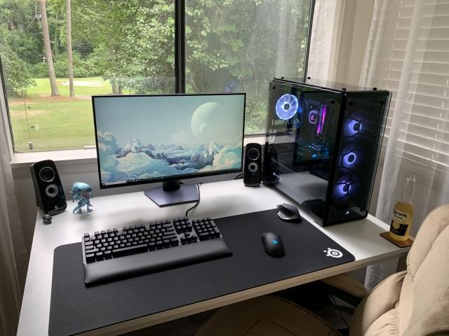 PC_Desk_160_75.jpg
