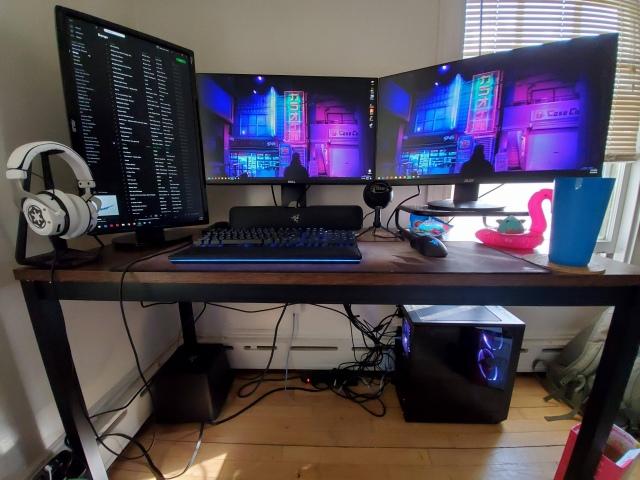 PC_Desk_160_89.jpg