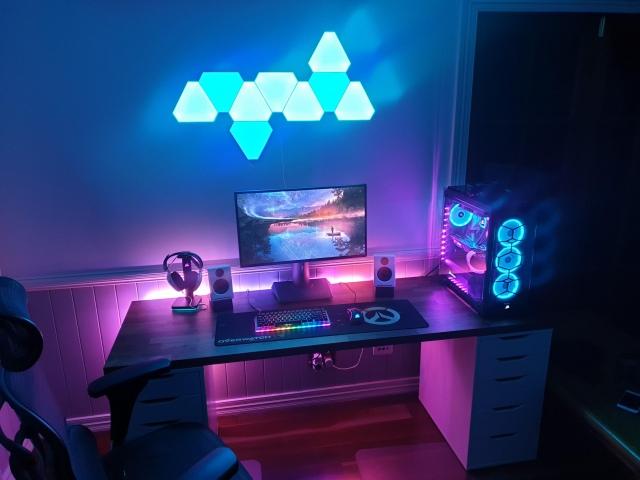 PC_Desk_160_98.jpg