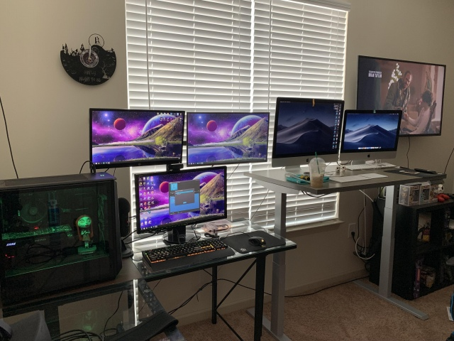 PC_Desk_161_06.jpg