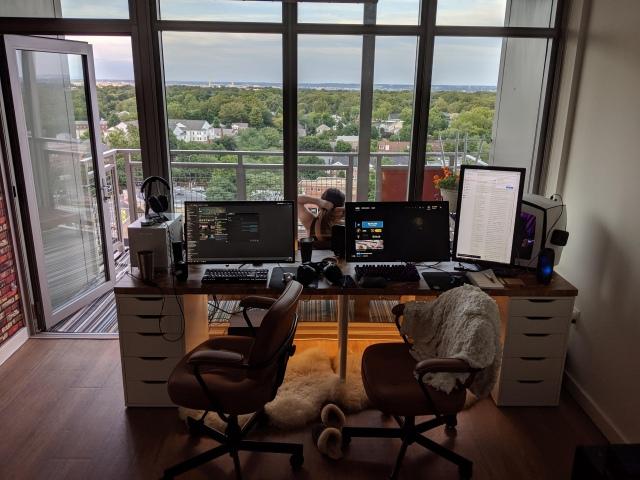 PC_Desk_161_100.jpg