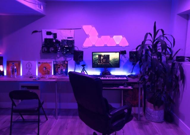 PC_Desk_161_85.jpg