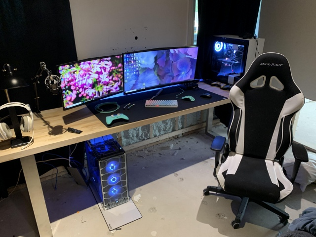 PC_Desk_162_26.jpg