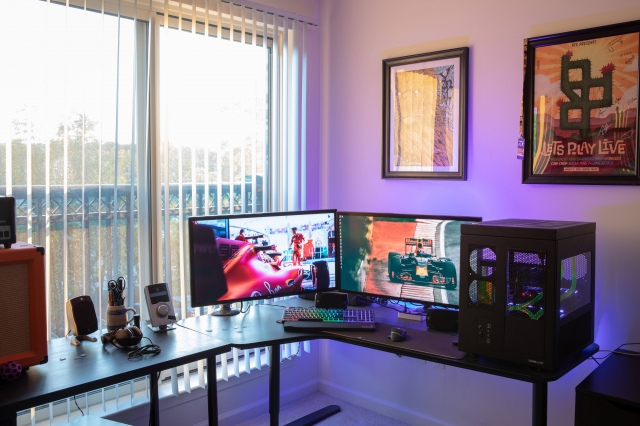 PC_Desk_162_35.jpg