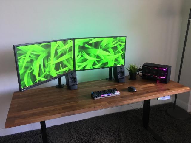 PC_Desk_162_42.jpg