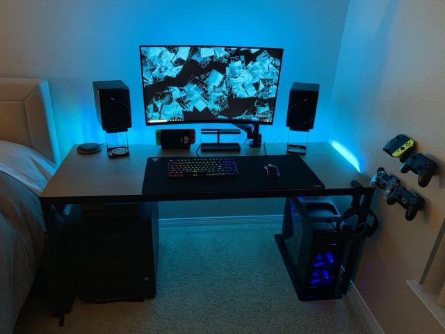 PC_Desk_162_53.jpg