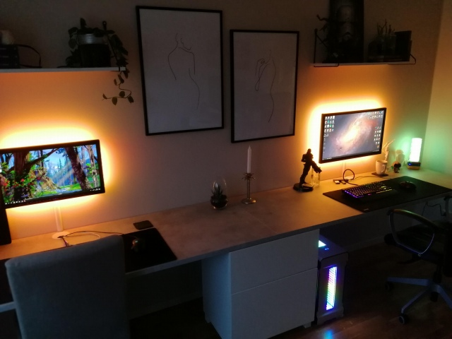 PC_Desk_162_63.jpg