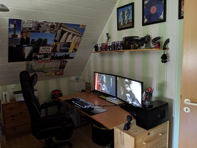 PC_Desk_162_72.jpg