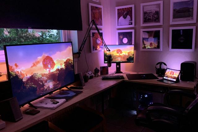 PC_Desk_162_84.jpg