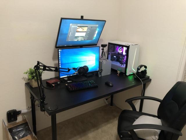 PC_Desk_163_52.jpg