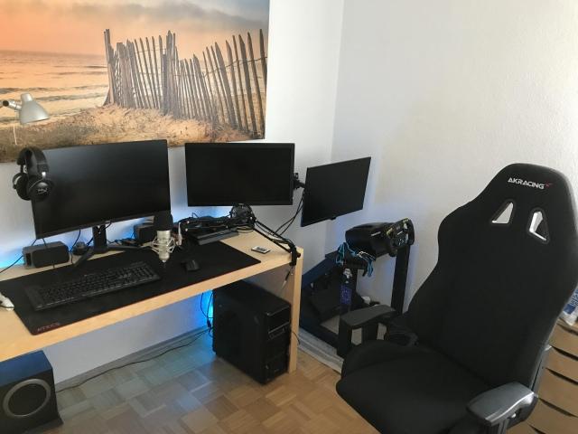 PC_Desk_164_14.jpg