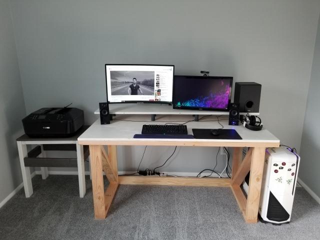 PC_Desk_164_32.jpg