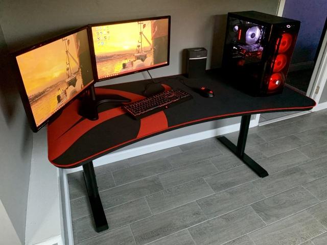 PC_Desk_164_40.jpg