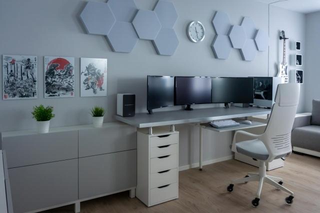 PC_Desk_164_88.jpg