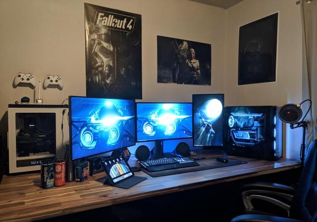 PC_Desk_164_95.jpg