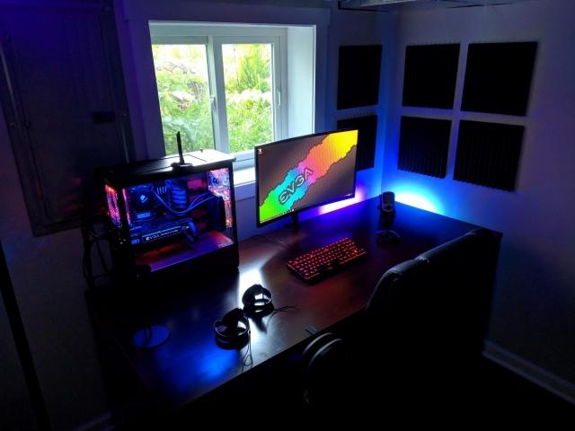 PC_Desk_164_99.jpg