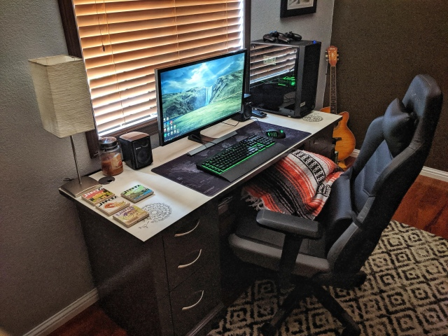 PC_Desk_165_42.jpg