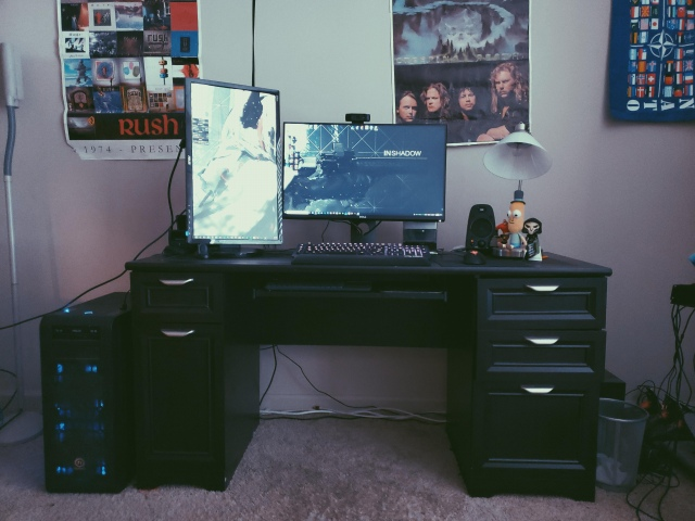 PC_Desk_165_49.jpg