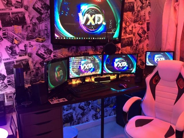 PC_Desk_166_36.jpg