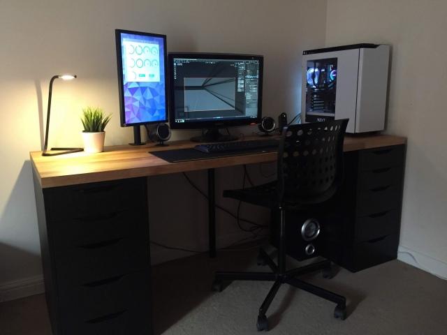 PC_Desk_166_52.jpg