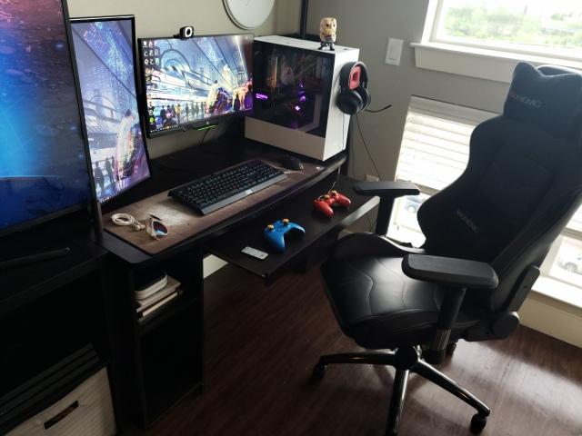 PC_Desk_166_57.jpg