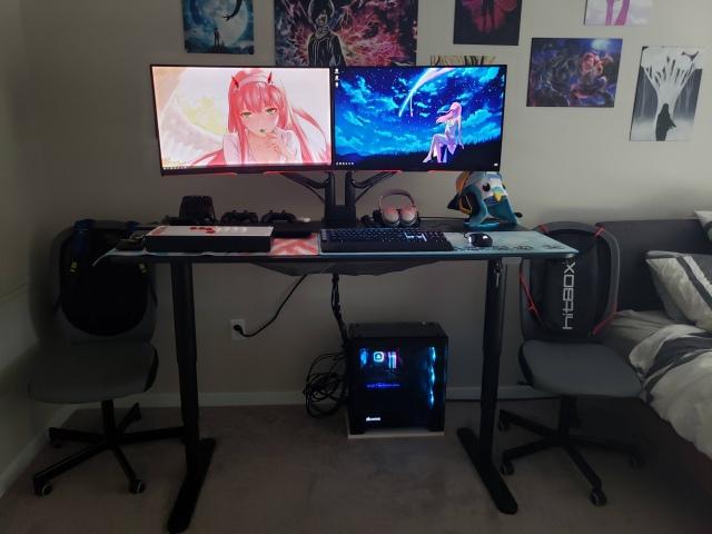 PC_Desk_166_79.jpg