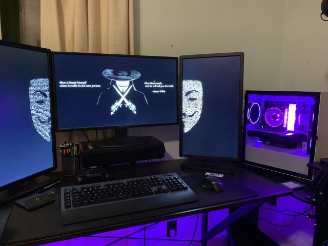 PC_Desk_166_97.jpg