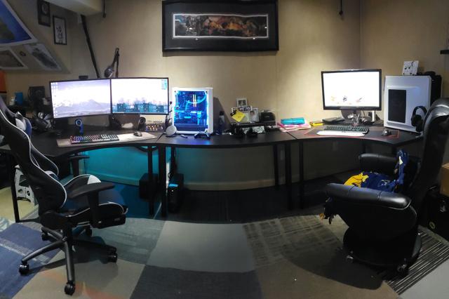 PC_Desk_167_26.jpg