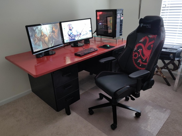 PC_Desk_167_43.jpg