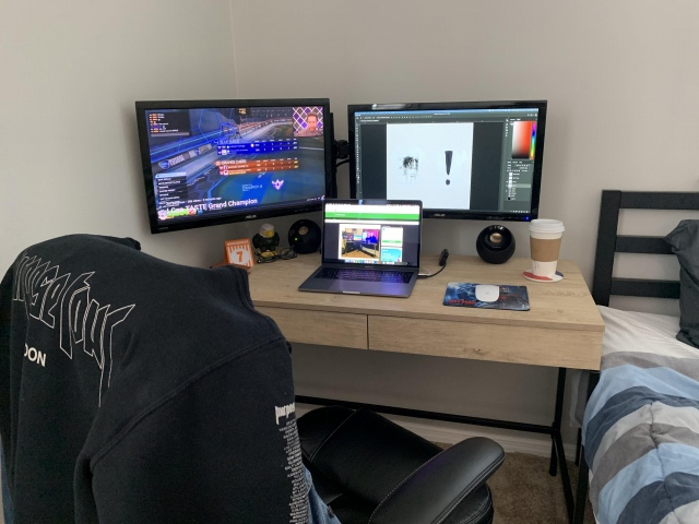 PC_Desk_167_45.jpg