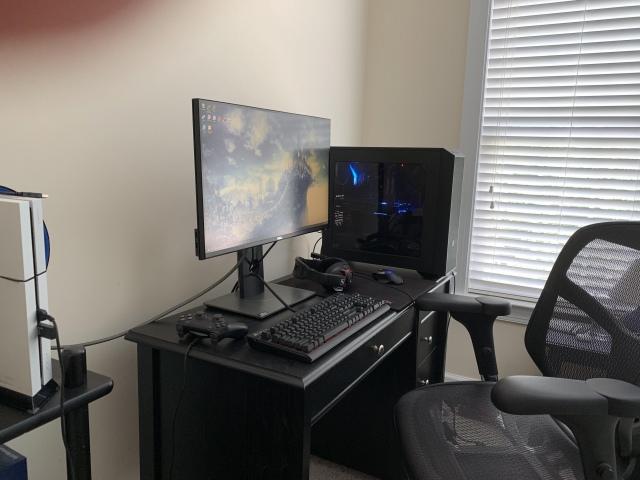 PC_Desk_167_91.jpg