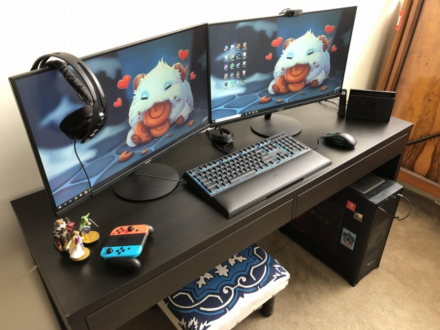PC_Desk_168_34.jpg