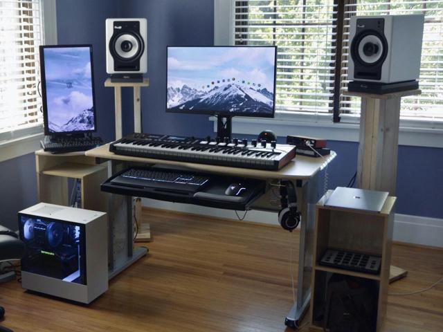 PC_Desk_169_100.jpg