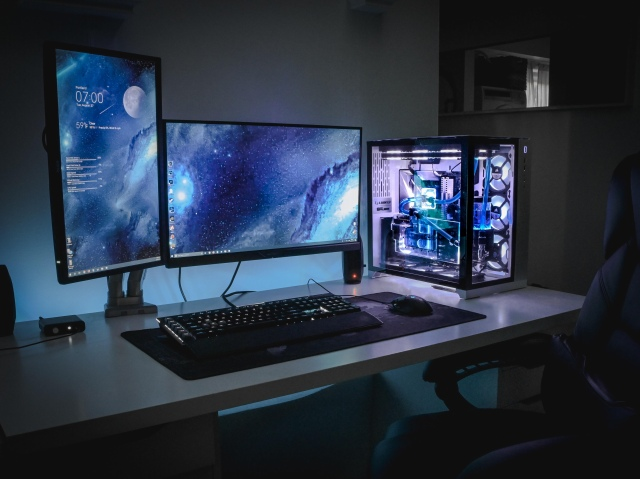PC_Desk_169_60.jpg