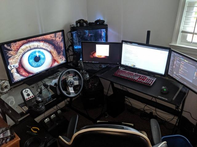 PC_Desk_169_72.jpg