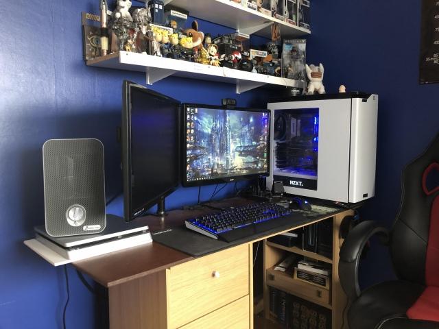 PC_Desk_170_24.jpg