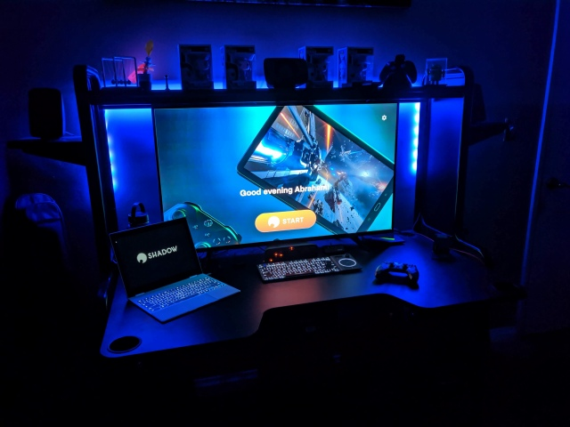 PC_Desk_170_49.jpg