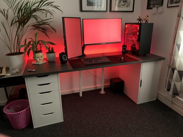PC_Desk_170_55.jpg