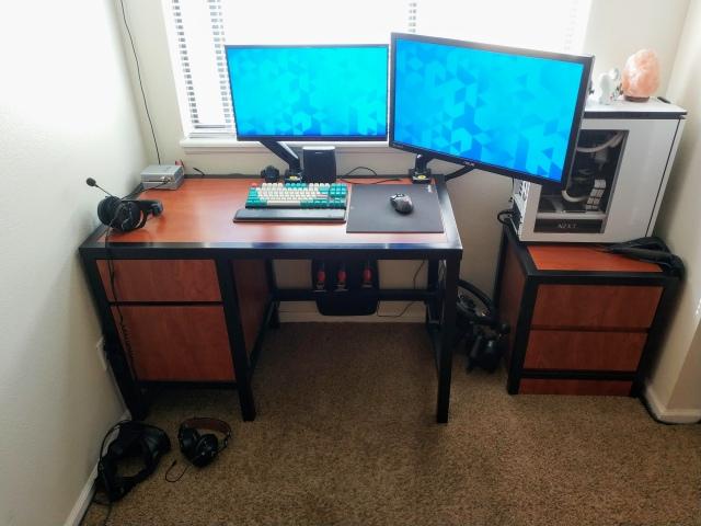 PC_Desk_170_59.jpg