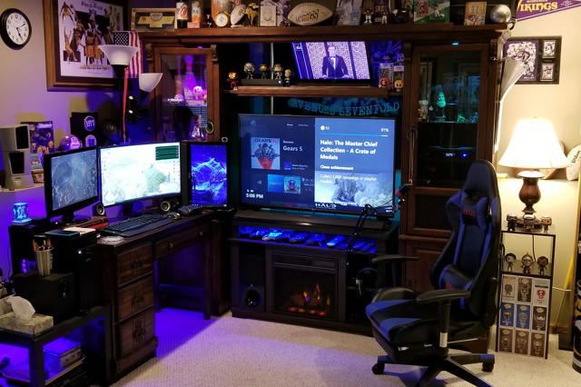 PC_Desk_170_79.jpg