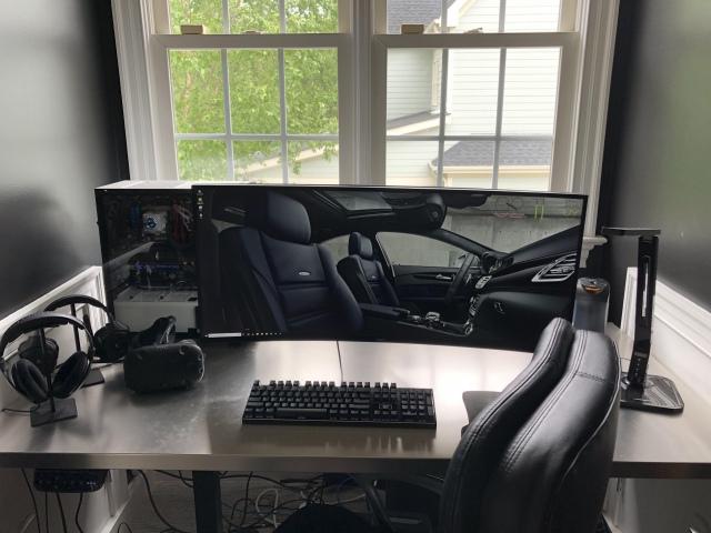 PC_Desk_UltlaWideMonitor46_48.jpg