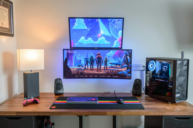 PC_Desk_UltlaWideMonitor46_89.jpg