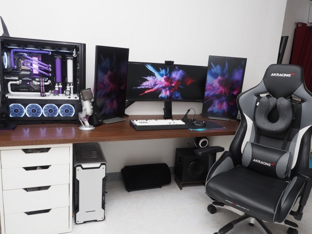 PC_Desk_UltlaWideMonitor47_30.jpg